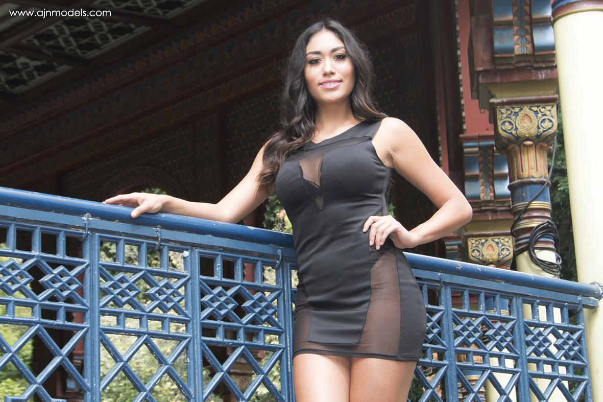 Karoline - AJ Moldeos CDMX