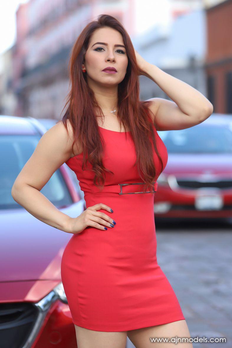 LEONOR Modelo y Edecan en Agencia AJ Modelos Querétaro